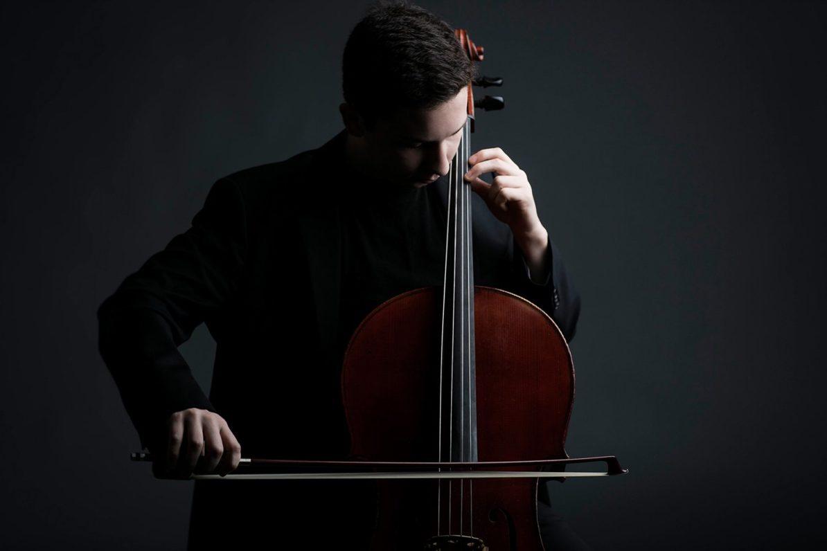 Oliver Herbert, cello